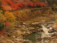 峡谷を下る・秋