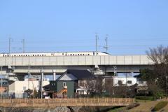 北陸新幹線・・半分しか見えない残念