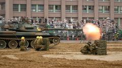 P1100589  4Kフォトで74式戦車砲炎