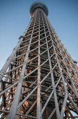 焼け落ちた鉄塔