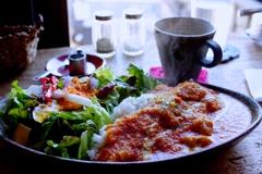 常滑焼のカレー皿とコーヒー椀でランチ