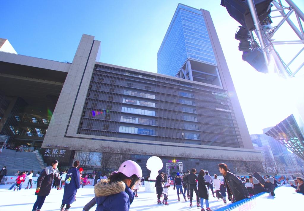 大都会の青空の下で @大阪ステーション