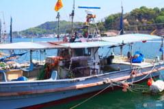 夏日の漁船