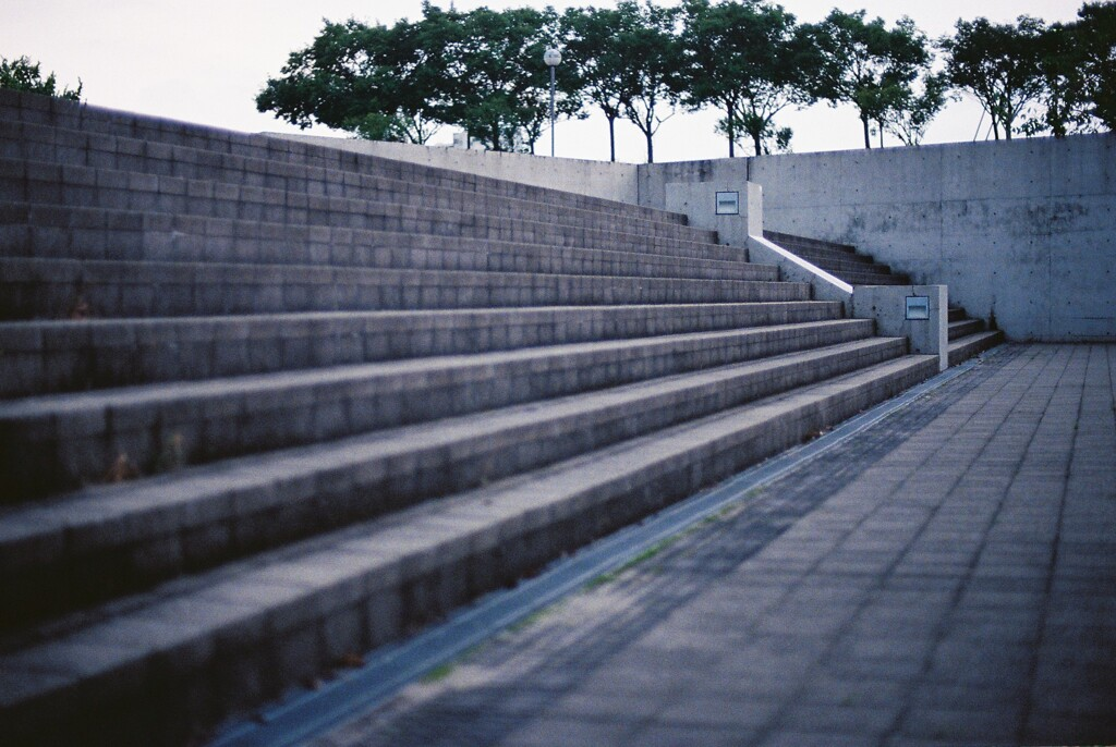 コンクリート製階段