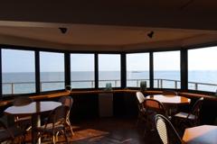 海の見えるカフェから…