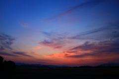 青い空 赤い空