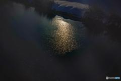 DSC02056-2 黄昏に川は流れる