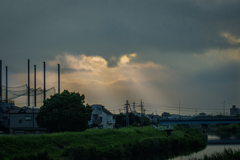 DSC00091. 夜明けの雲れ陽(くもれび)