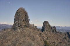 岩並ぶ異世界