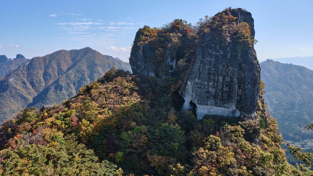 大きな高岩