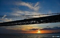 明石大橋と夕陽