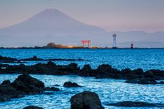 秋の夜明け富士2