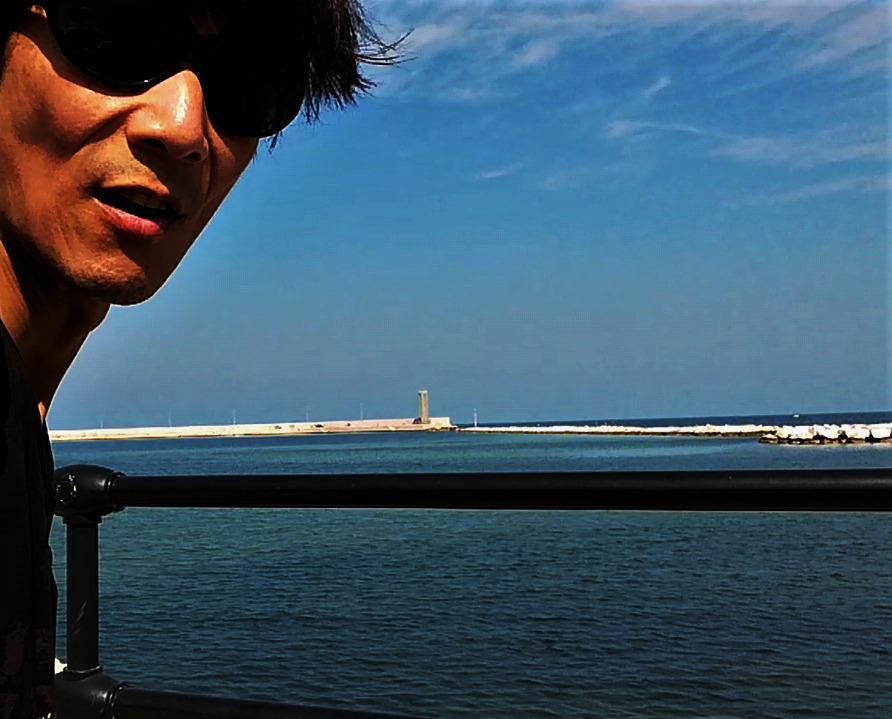 イタリア 、 バリの海