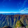 秋空に大峰山系を望む