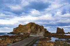 海岸と階段