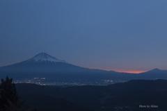 浜石岳より夜明けの富士山