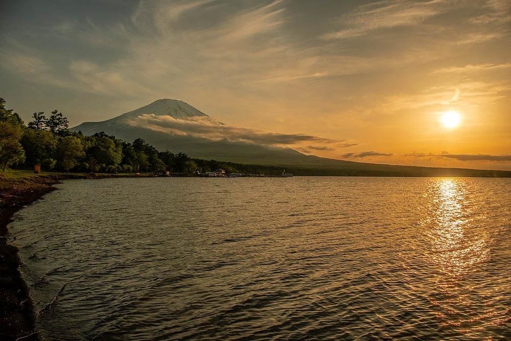 山中湖の夕日(2)