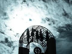 時計台と秋空