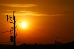 電柱と夕日