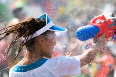 真夏の水かけ祭り