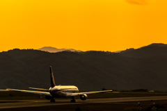 日没前の広島空港