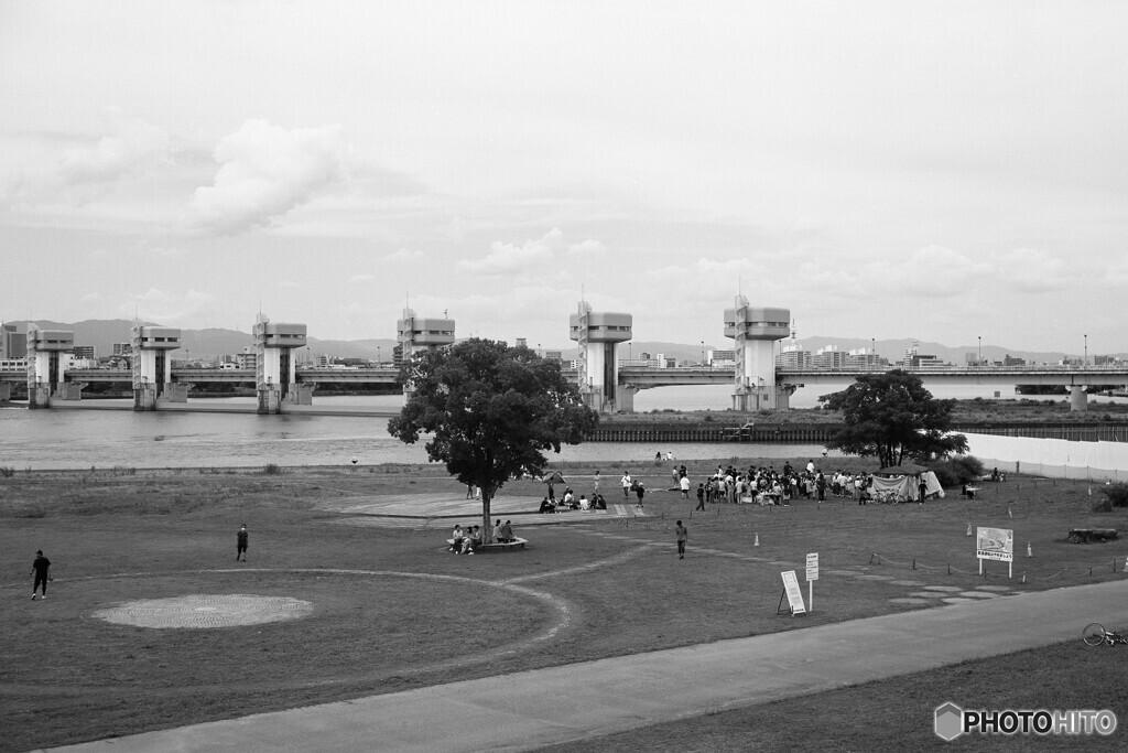 毛馬洗堰と広場