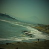 海と...