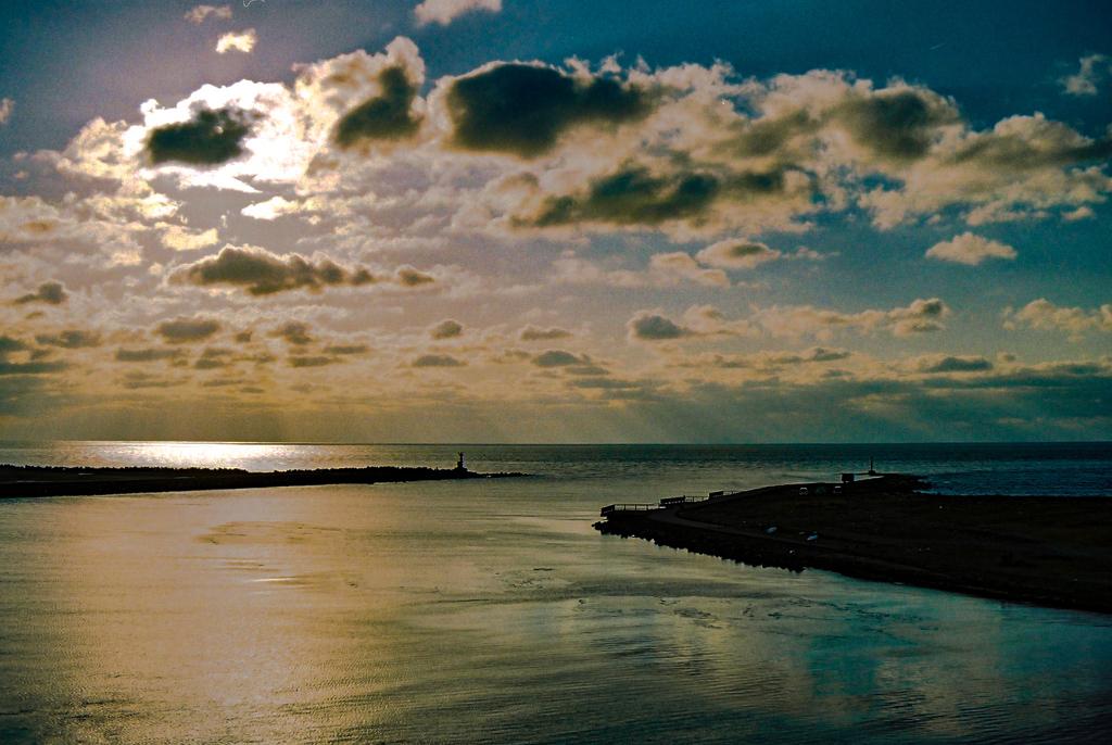 津軽半島 十三湖河口