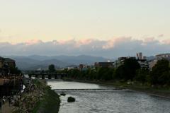 夕暮れの鴨川