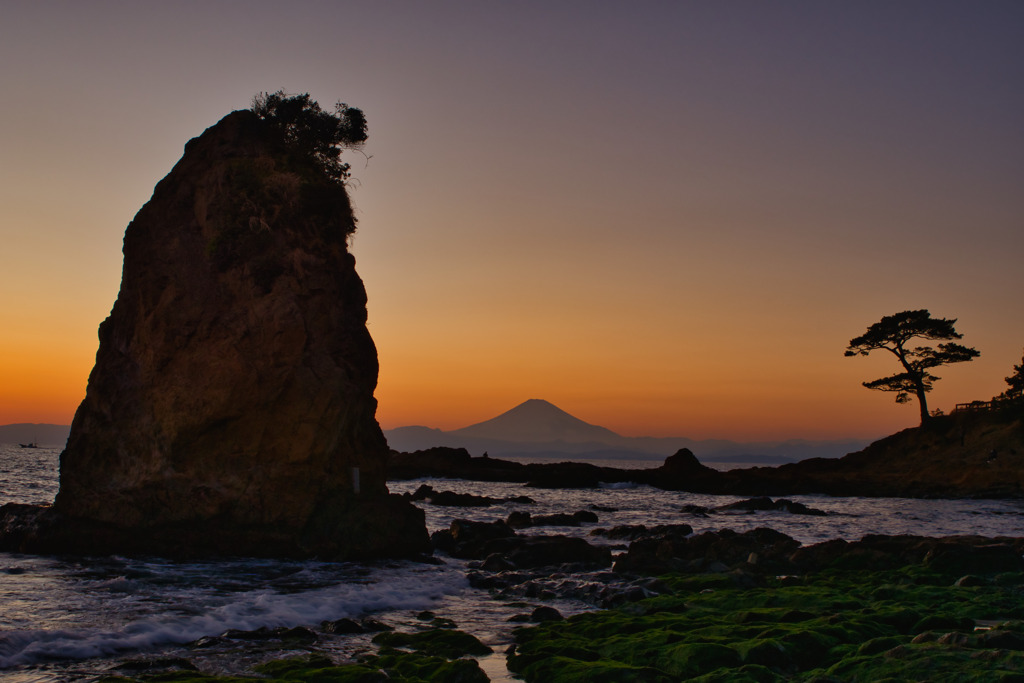 rock in the dusk