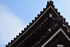 本堂の屋根の端っこ