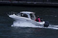 モーターボート